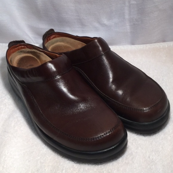 7d0cda3a2c17 Birkenstock Shoes - Unisex Footprints by Birkenstock leather clogs.